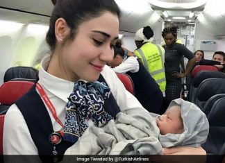 Baby Girl Born during Turkish Airlines Flight (1)
