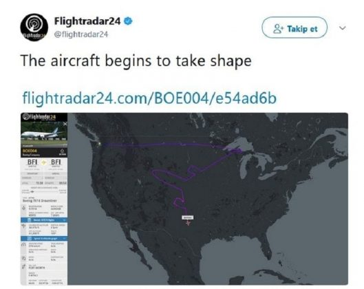 Photos of Boeing Draws a Huge Airplane in the Sky over USA (3)