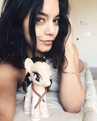 Vanessa Hudgens No Makeup
