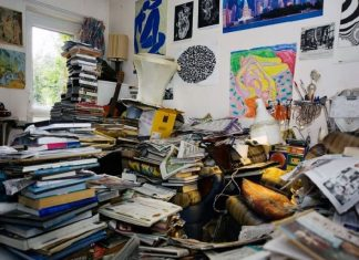 How Can You Sell a Hoarder House Fast-min