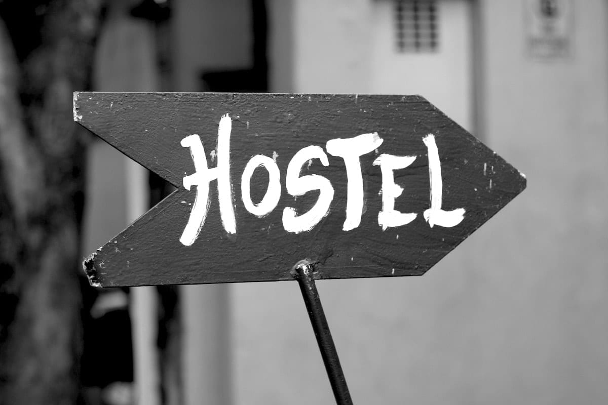 Top 10 Tips to Choose the Best Hostel